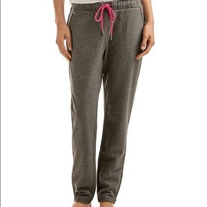 Vineyard Vines Performance Knit Joggers